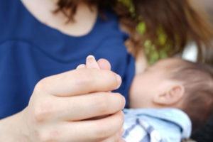ヴィアージュ 授乳後の胸の悩みが解消した方9万7,489人の口コミです